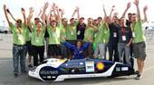 L'équipe Polyjoule bat le record du monde au Shell Eco Marathon 2011